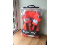 Brand new Baltic Childs Lifejacket with harness 15 -30 kg - Model number 1256