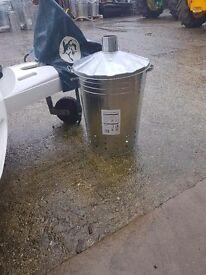 Incinerator bins with legs