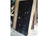 Good solid ledge brace door