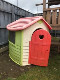 Plastic smoby playhouse