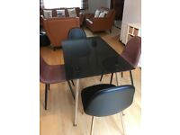 Glass dining table seats 4-6