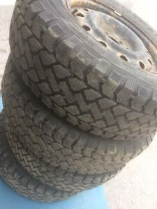 4 Snowtrakker winter tires with rims:235/70R16