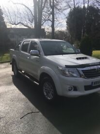 Toyota Hilux Invincible diesel, manual, 2014 plate 49,000 miles
