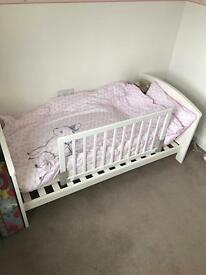 Mamas and Papas Cot/toddler bed