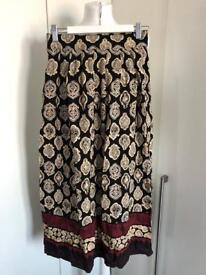 Sag Harbour Petite Long Print Summer Skirt size 8/10
