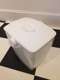 Free - Milton cold water steriliser / sterilising unit, and other feeding equipment