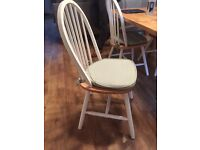 White wooden dining chairs x5