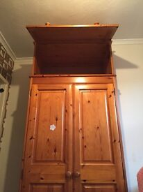 Solid pine double wardrobe with completely separate topper trunk
