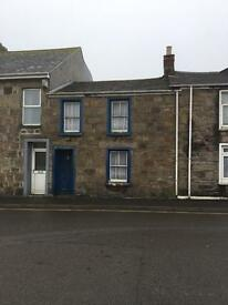 Cottage/house in Camborne for renovation