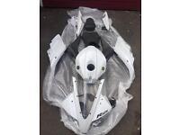 Yamaha R125 full body in white