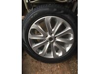 Brand new Range Rover alloy wheel and tyre