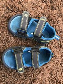 Neoprene Children's waterproof sandals C6 vgc