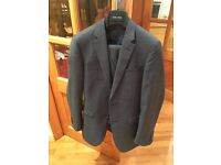 Men's three piece suit in excellent condition