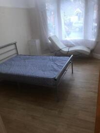 2 bedroom flat on marsh road Lu3 2nj