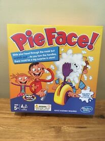 Hilarious Pie Face Game - Fun for family and friends - Brand new / unopened