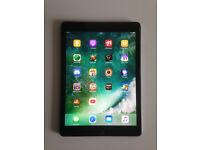 Apple iPad Air 64GB, Wi-Fi, 9.7in - Space Grey