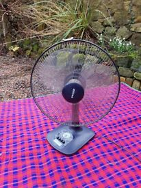 Black KHIND table top fan