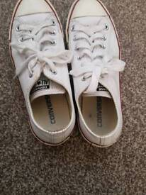 White leather converse s6