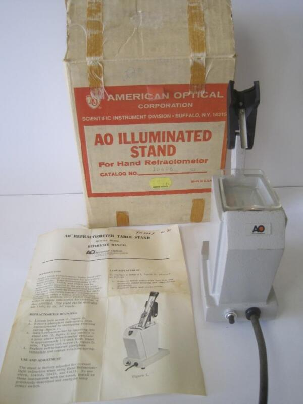 AO AMERICAN OPTICAL REFRACTOMETER ILLUMINATED TABLE STAND MODEL 10406 WITH BOX