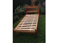 Single pine slatted bed