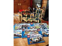 Lego City Police station 7498 plus extras