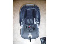 Mamas and Papas Primo Viaggio car seat and base