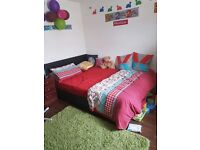 SHMP PROPERTY OFFERED VERY NICE EN-SUITE ROOM IN THREE BED ROOM HOUSE NEAR MANOR PARK STATION E12