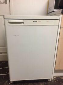 Bosch mini fridge freezer £29.99
