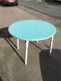 Up cycle dinning table