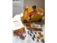 sylvanian families and houses/sets