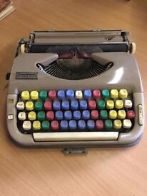 Retro junior typewriter