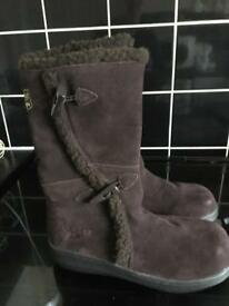Rocket dog winter boots size 4