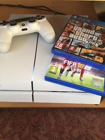 PlayStation 4 hardly used
