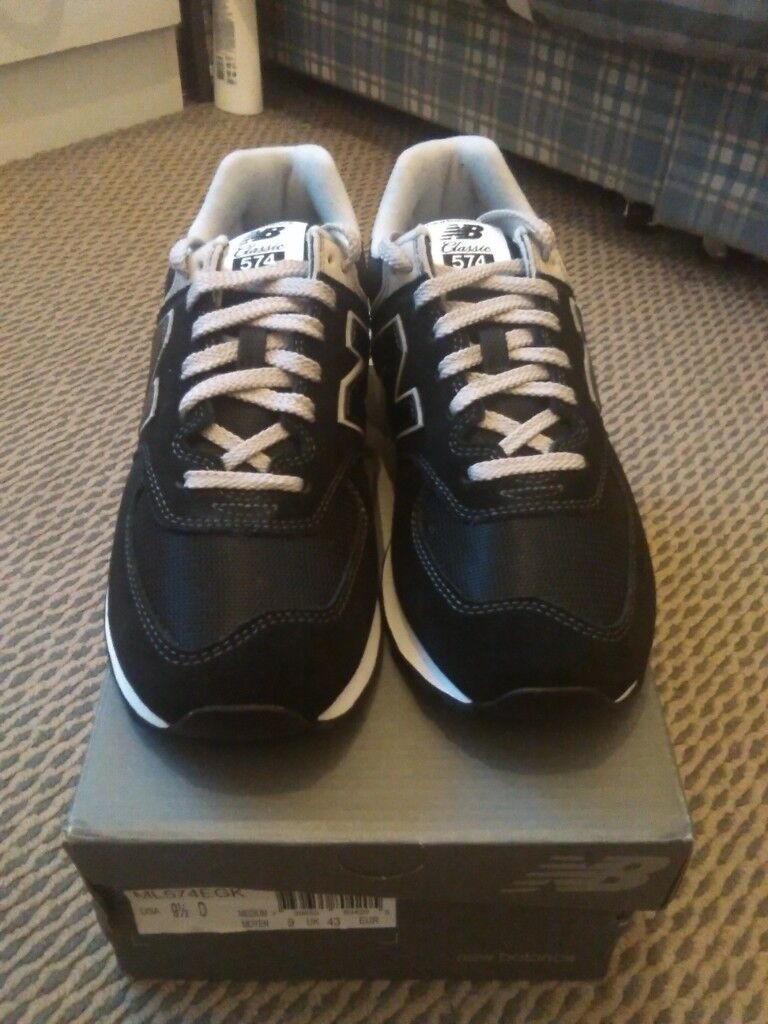 6ba5e6d6dc20d BRAND NEW with box New Balance 574 Classic size 9 trainers shoes lace up