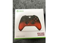 Xbox One Wireless Controller RED Volcano Shadow Special Edition Black & Red - 3.5mm Jack