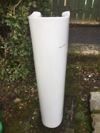 Ceramic pedestal (free)