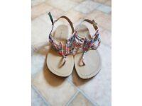 Womens sandles - size 6