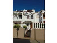 Costa Blanca, Spain. 2 bedroom townhouse sleeps up to 4. English TV, A/C. From £160 pw