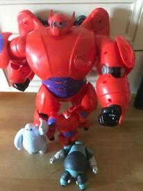 Hatch n hero's big hero 6 baynax transforming and figure