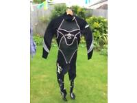 Ladies full length wetsuit size 8/10 (though states M)