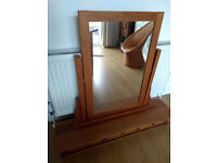 Mirror and drawer unit - for dresser top