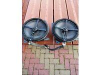 Selling set of speakers