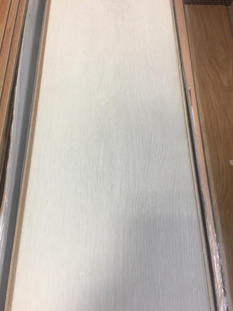 X12 PACKS EVEREST WHITE 8MM V GROOVE LAMINATE FLOORING