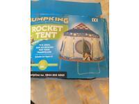 Rocket trampoline cover platy tent