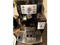 Delonghi bean to coffee machine.