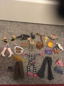Bundle of Bratz Dolls Outfits/shoes/bags etc