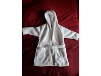 Lily and Jack White dressing gown 6-12 months