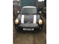 2010 Mini Cooper in Black - Only 37,000 Miles - Good, Clean Car!