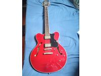 BEAUTIFUL VINTAGE HOFNER VERYTHIN GUITAR CHERRY RED WITH HARDCASE