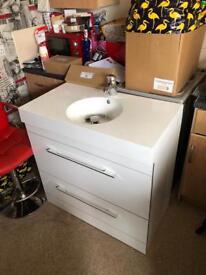 Vanity unit sink mixer tap brand new waste too 890x475x900 £120